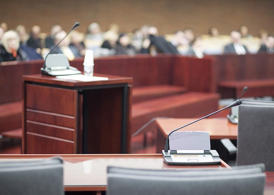 interprete-tribunale-servizi-traduzione-giurata